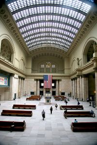 Great Hall of Chicago's Union Station, (Wikipedia, 2014)